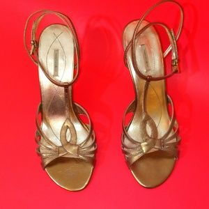 MaxStudio Bronze Heels